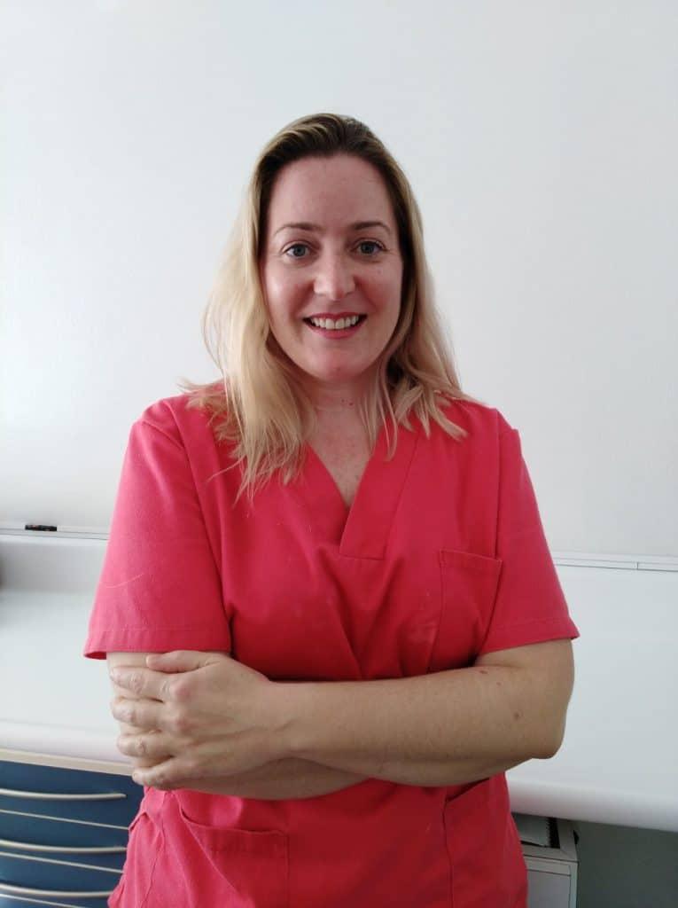 Annabel García, responsable de la higiene dental en Sabadell en Clínica Dental Gemma Farré.
