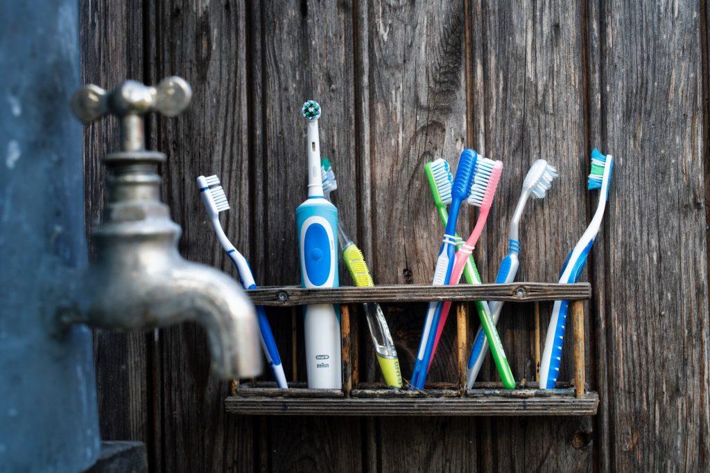 ¿Cómo escoger el mejor cepillo de dientes?